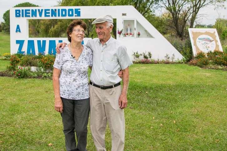 Historias de vecinos que cambian su pueblo diario tiempo for Ajedrea de jardin